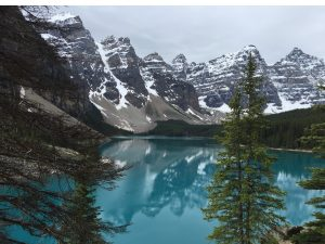Moraine Lake & the ten peaks